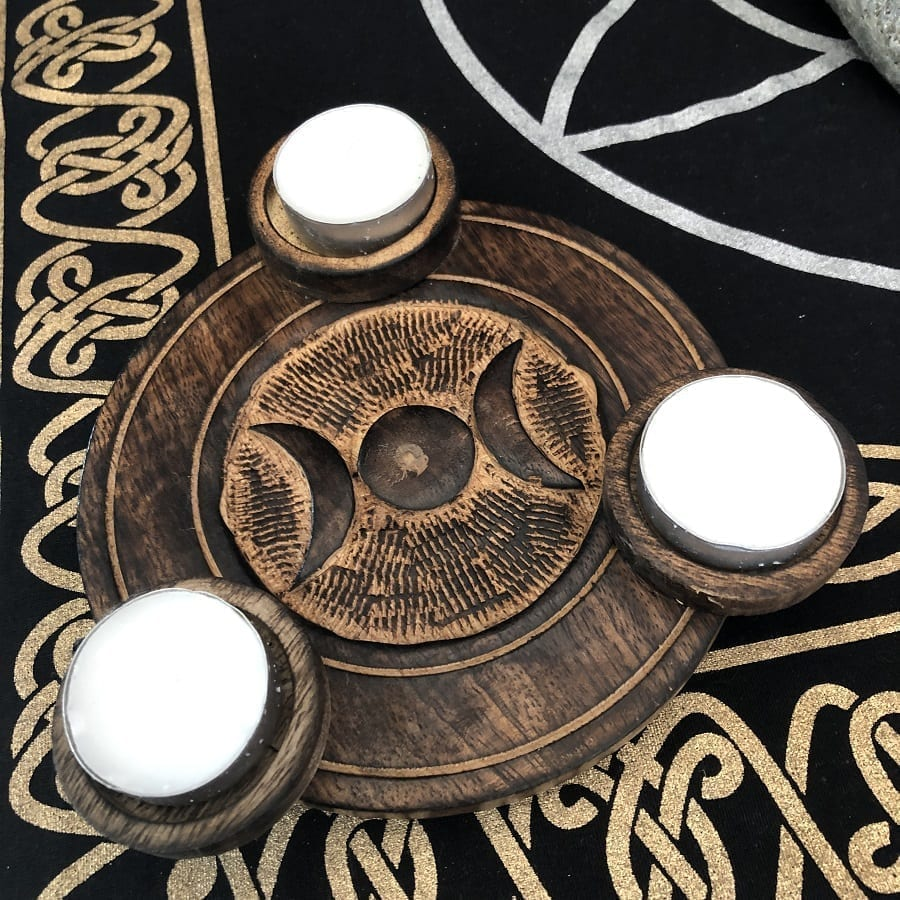 Triple moon wooden carved tealight holder
